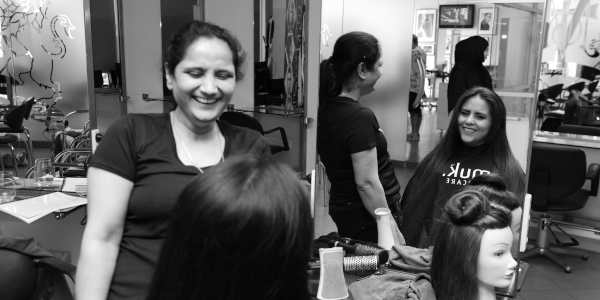 piloroo hair salon assistant course